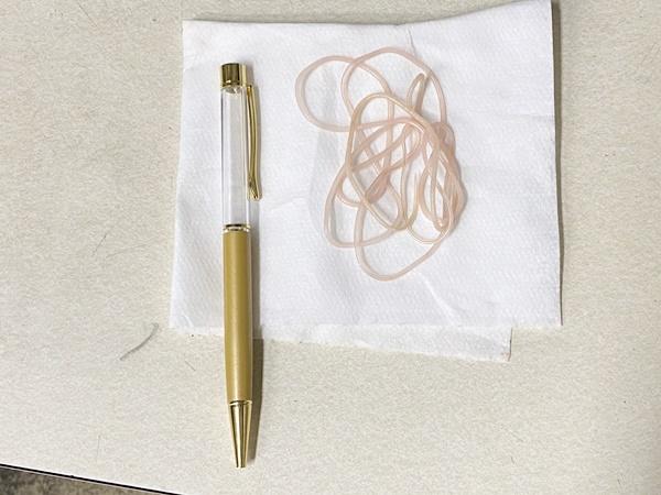 Bút bi ký sinh trùng giá 200k bán đắt như tôm tươi ở Nhật Bản - Ảnh 7