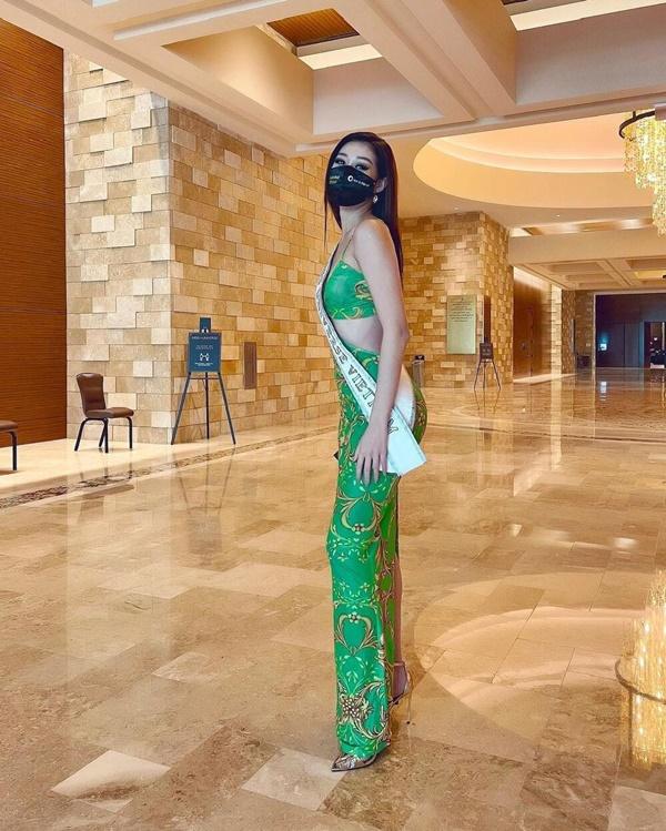 Khánh Vân nổi bần bật trong ngày 2 nhập cuộc Miss Universe - Ảnh 4